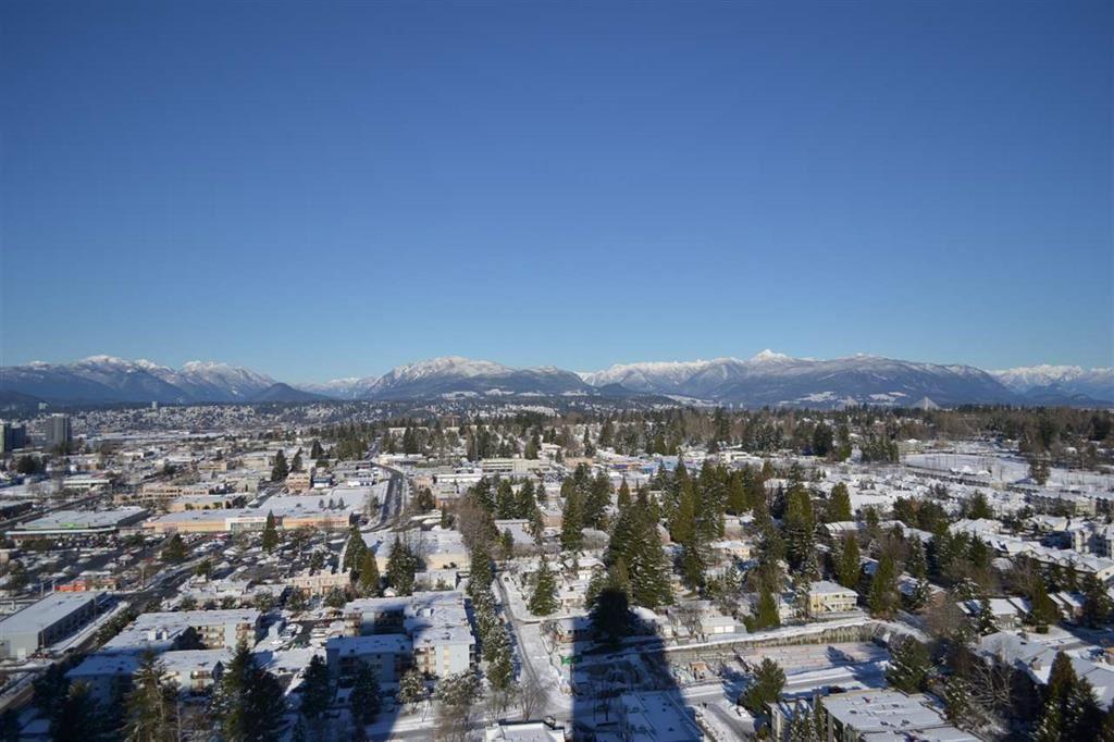 Condo at 3810 13750 100 AVENUE, Unit 3810, North Surrey, British Columbia. Image 13