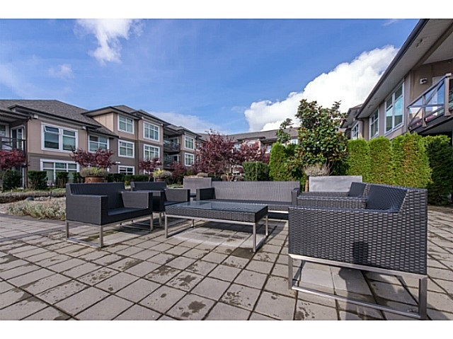 Condo Apartment at 267 6758 188 STREET, Unit 267, Cloverdale, British Columbia. Image 13