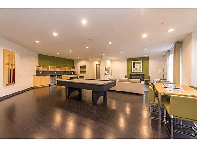 Condo Apartment at 267 6758 188 STREET, Unit 267, Cloverdale, British Columbia. Image 17