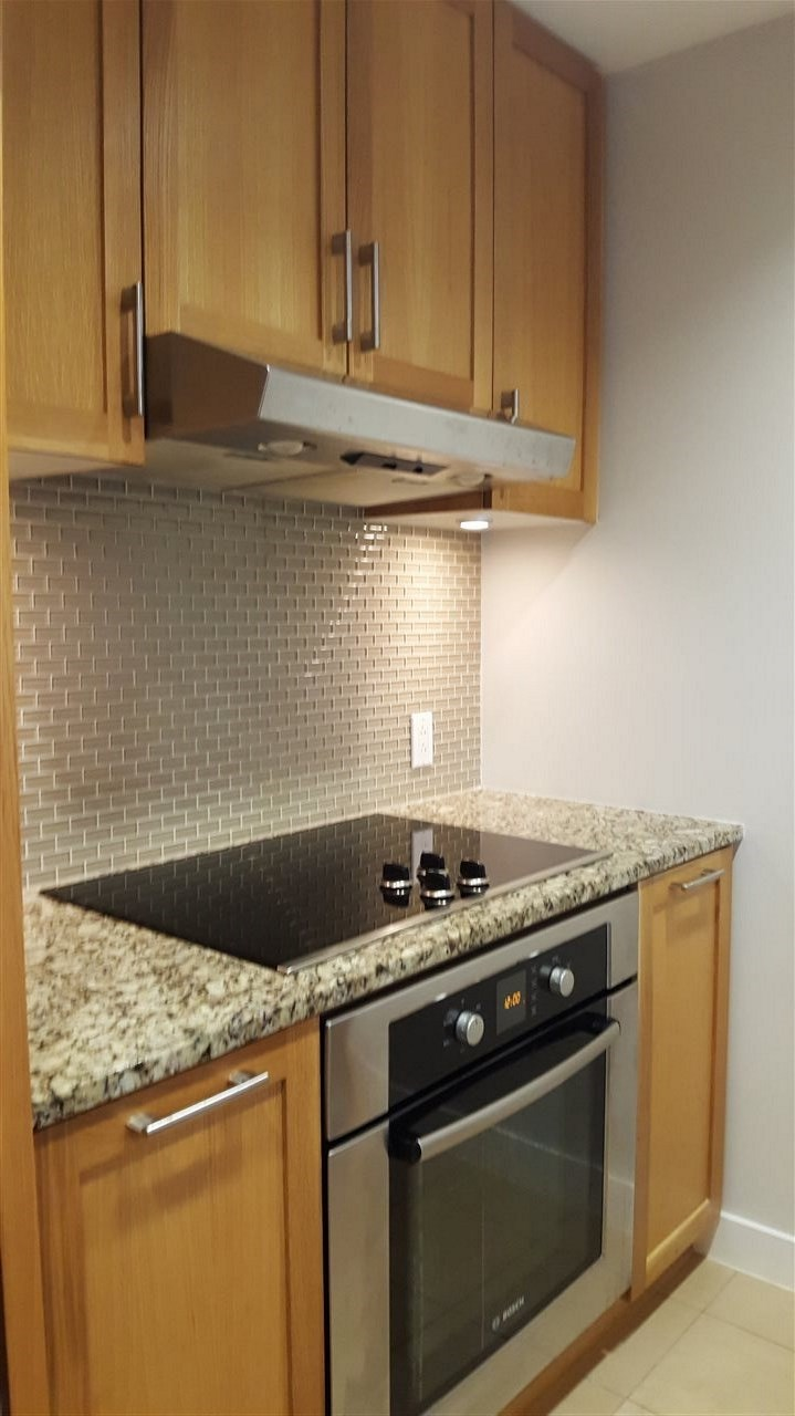 Condo Apartment at 107 3382 WESBROOK MALL, Unit 107, Vancouver West, British Columbia. Image 3