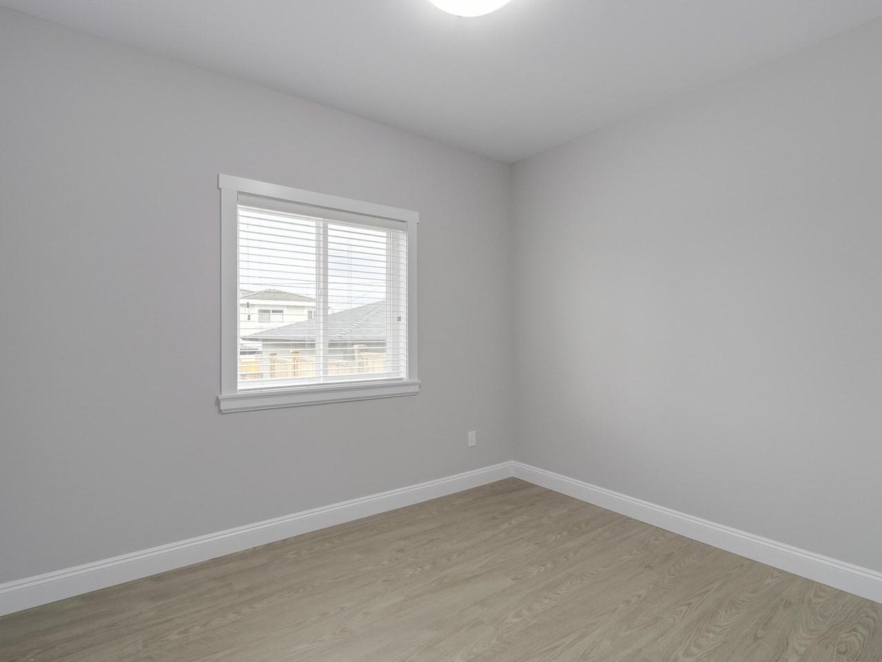 Half-duplex at 5891 BRYANT STREET, Burnaby South, British Columbia. Image 11