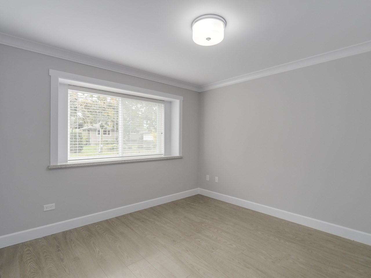 Half-duplex at 5891 BRYANT STREET, Burnaby South, British Columbia. Image 14