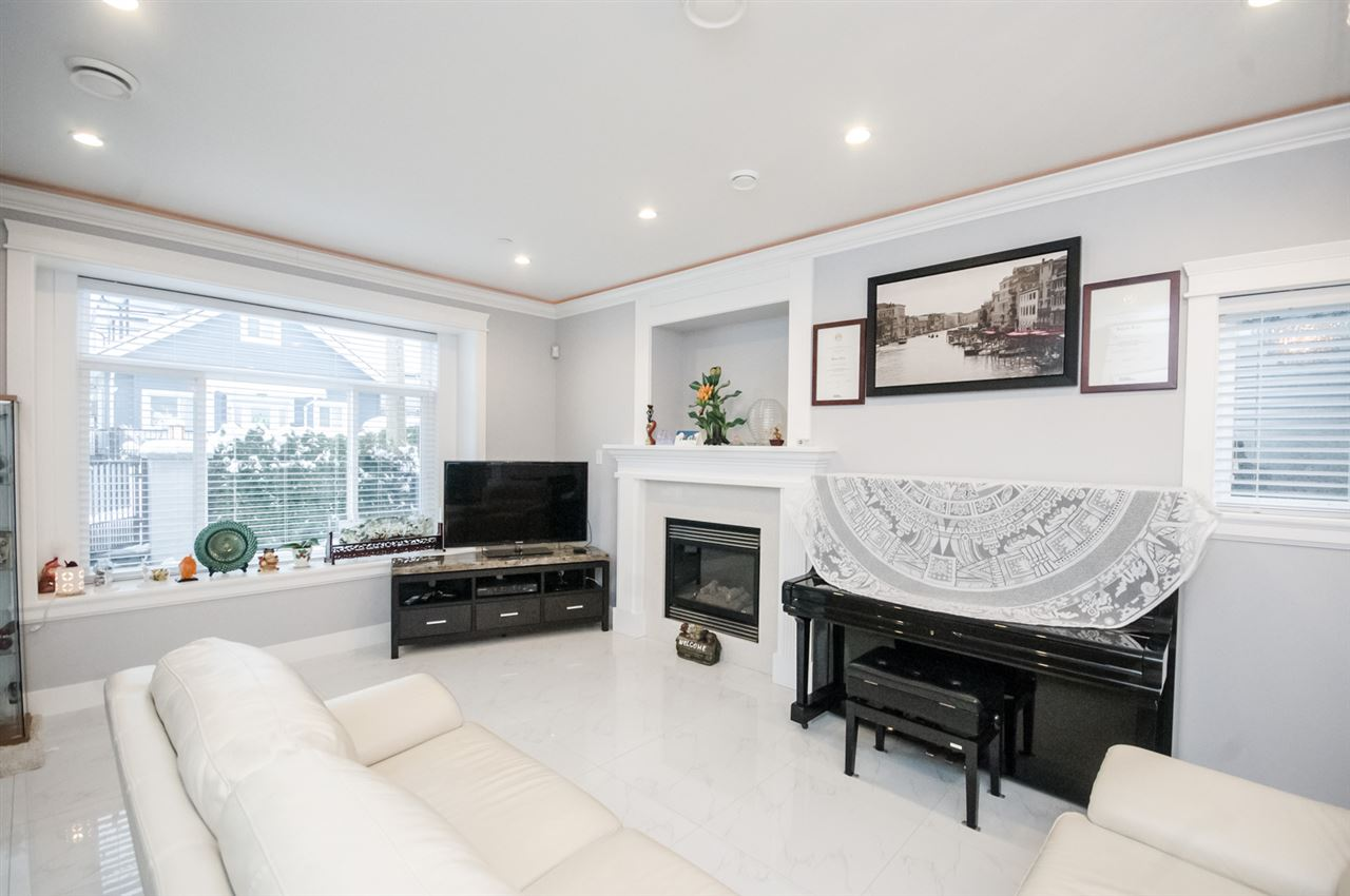 Detached at 4650 MCHARDY STREET, Vancouver East, British Columbia. Image 12