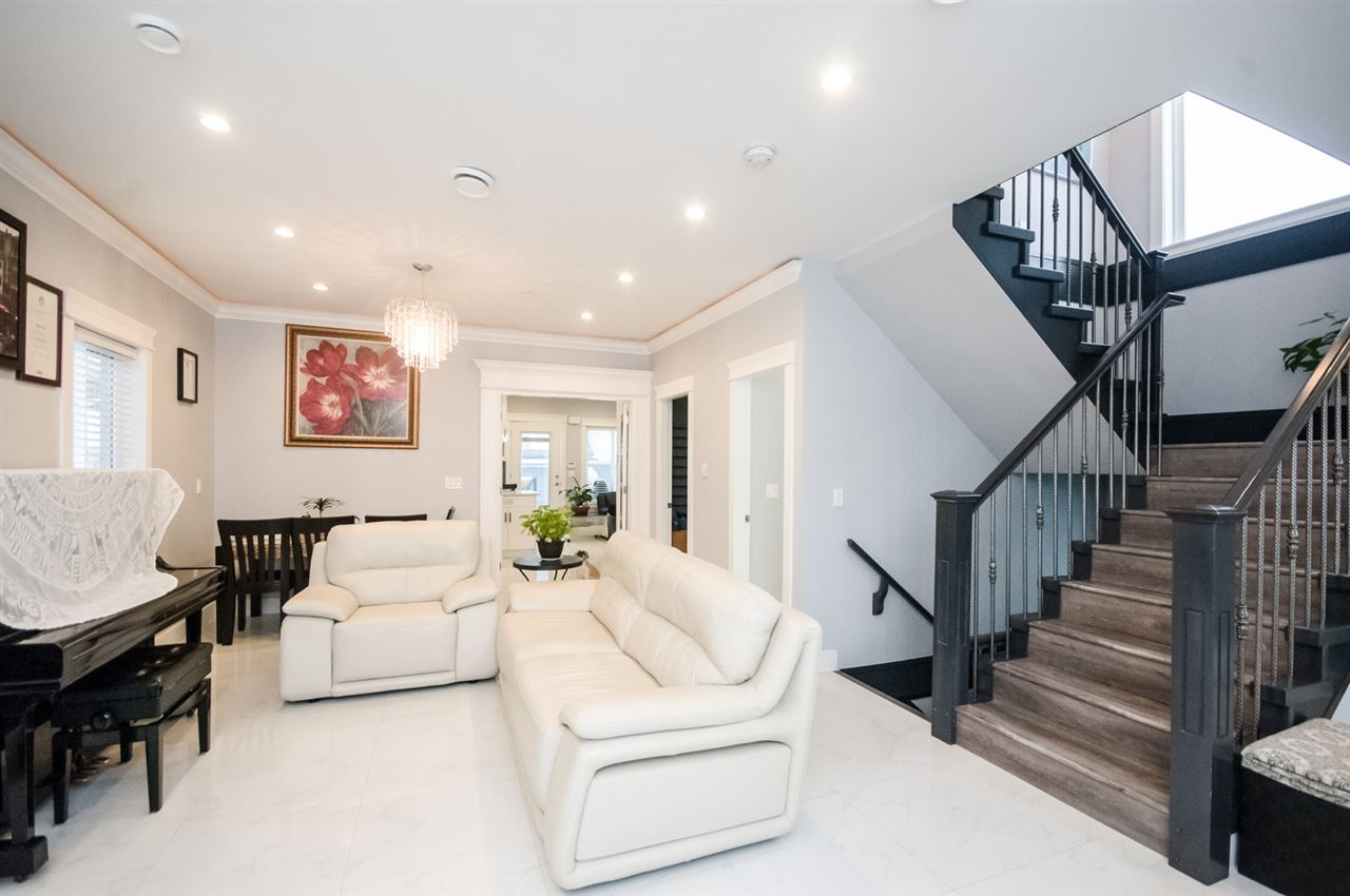 Detached at 4650 MCHARDY STREET, Vancouver East, British Columbia. Image 13