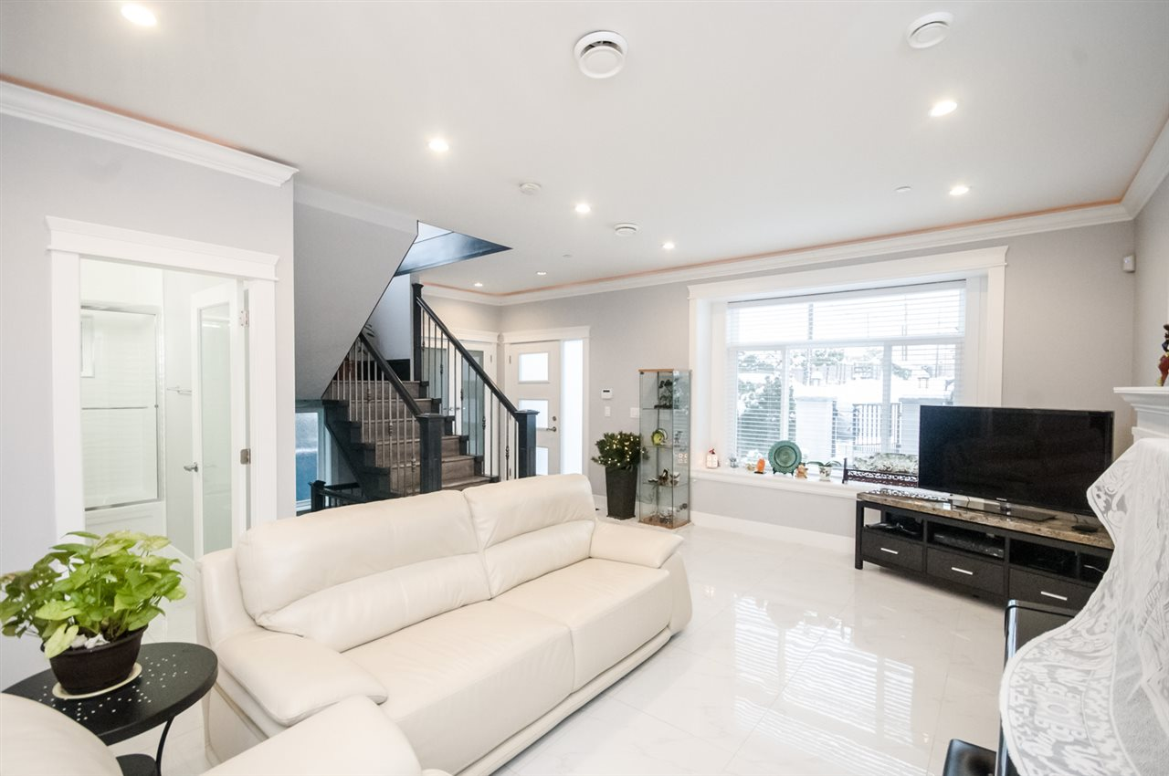 Detached at 4650 MCHARDY STREET, Vancouver East, British Columbia. Image 14