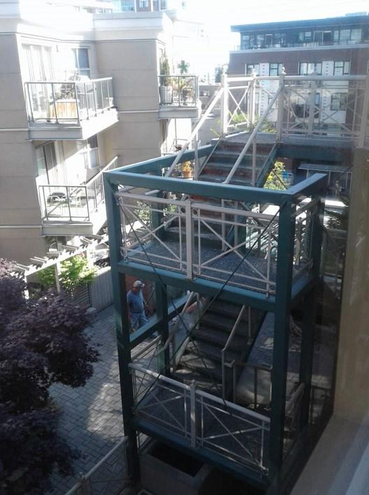 Condo Apartment at 201 332 LONSDALE AVENUE, Unit 201, North Vancouver, British Columbia. Image 10
