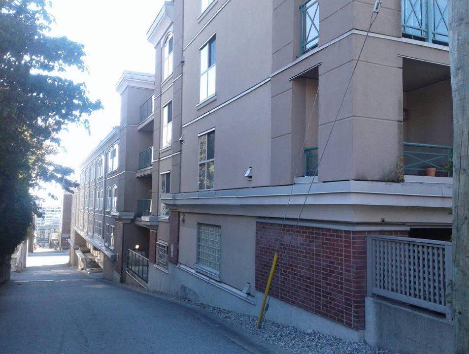 Condo Apartment at 201 332 LONSDALE AVENUE, Unit 201, North Vancouver, British Columbia. Image 18