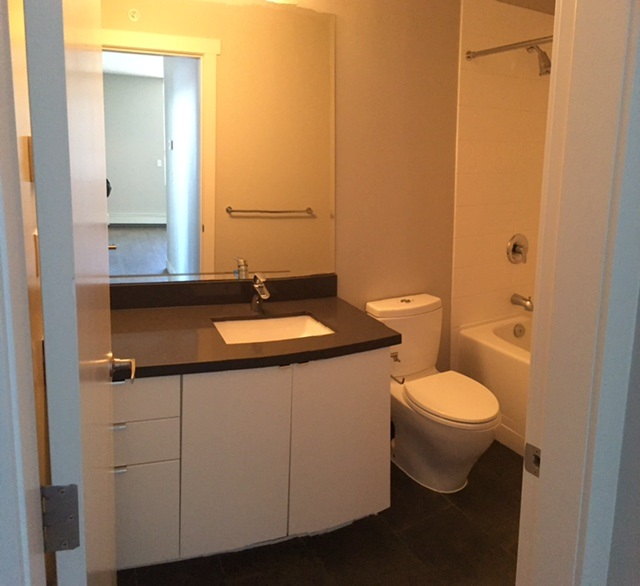 Condo Apartment at 402 9025 HIGHLAND COURT, Unit 402, Burnaby North, British Columbia. Image 8
