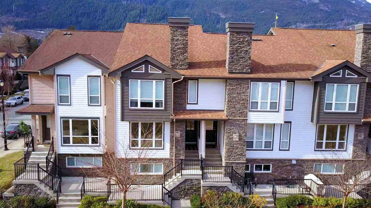 Townhouse at 7 1233 MAIN STREET, Unit 7, Squamish, British Columbia. Image 2
