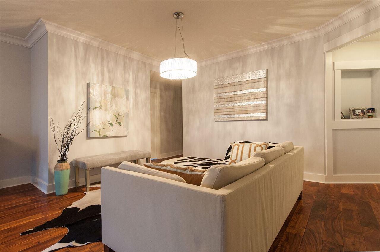 Condo Apartment at 106 5779 BIRNEY AVENUE, Unit 106, Vancouver West, British Columbia. Image 5