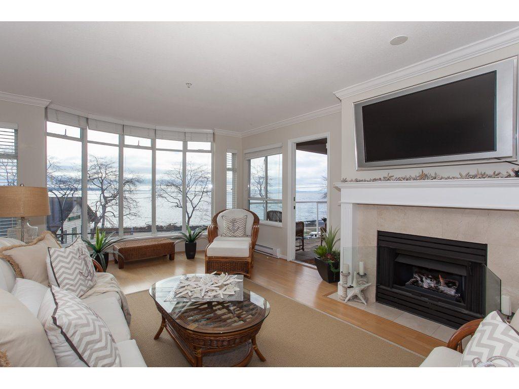 Condo Apartment at 301 14965 MARINE DRIVE, Unit 301, South Surrey White Rock, British Columbia. Image 4