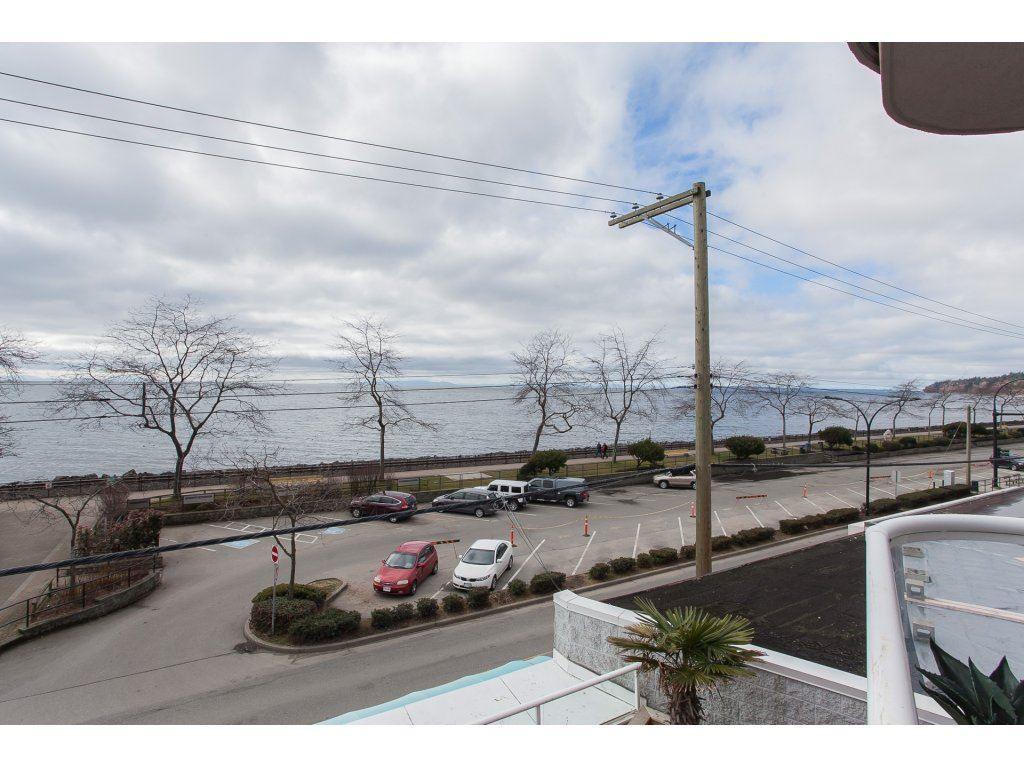 Condo Apartment at 301 14965 MARINE DRIVE, Unit 301, South Surrey White Rock, British Columbia. Image 19