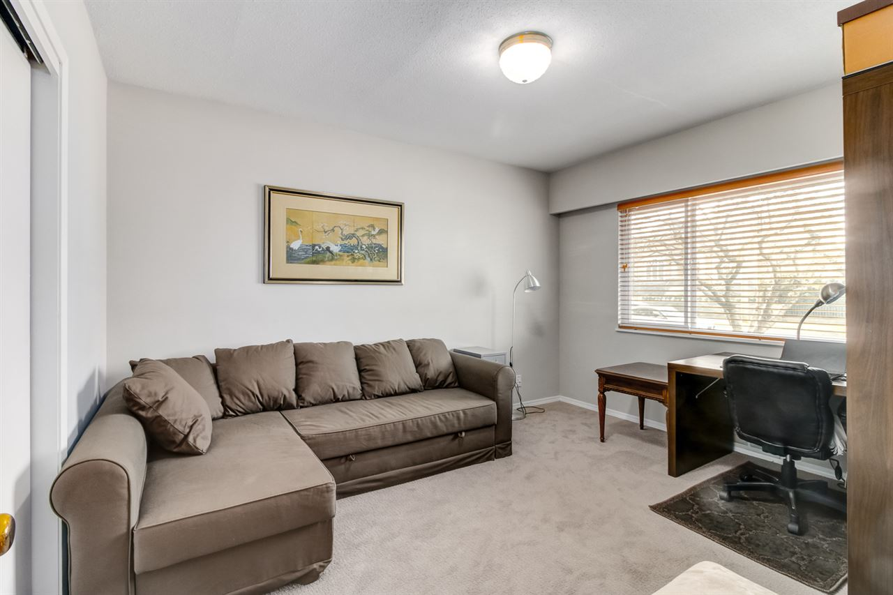 Detached at 6506 MALVERN AVENUE, Burnaby South, British Columbia. Image 13