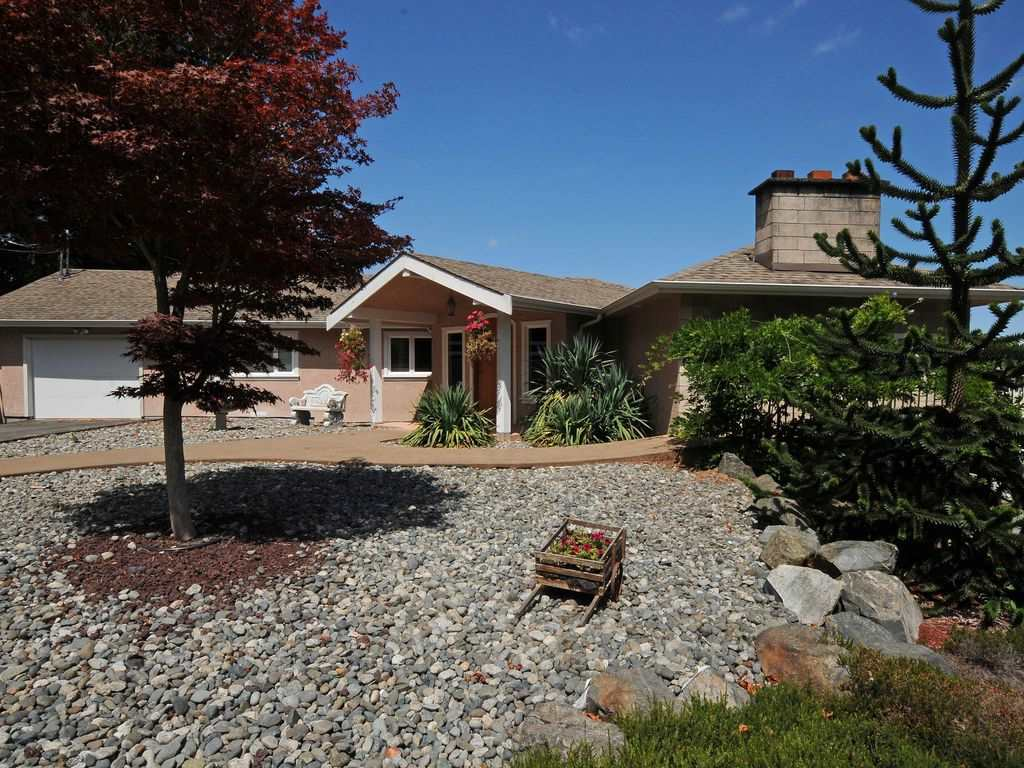 Detached at 6341 OLD EAST ROAD, Out of Town, British Columbia. Image 7
