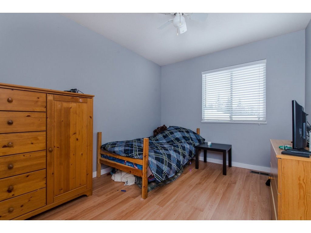 Detached at 3067 CASSIAR AVENUE, Abbotsford, British Columbia. Image 11