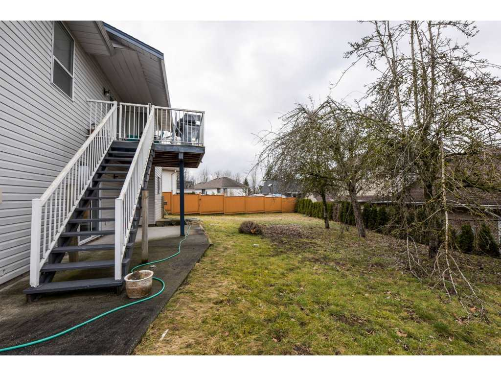Detached at 3067 CASSIAR AVENUE, Abbotsford, British Columbia. Image 16