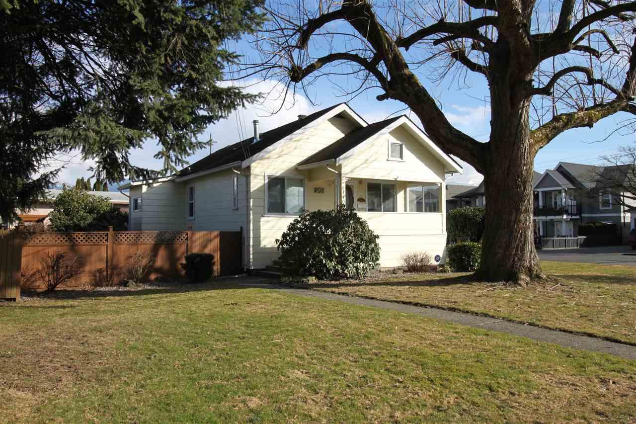 Detached at 9140 NOWELL STREET, Chilliwack, British Columbia. Image 1