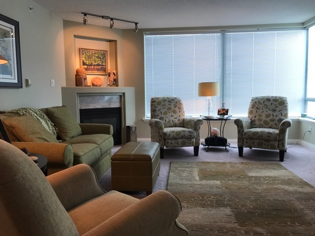 Condo at 306 33065 MILL LAKE ROAD, Unit 306, Abbotsford, British Columbia. Image 4