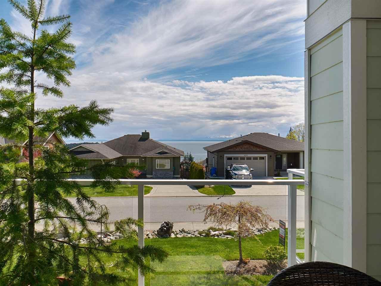 Half-duplex at 14 5520 MCCOURT ROAD, Unit 14, Sunshine Coast, British Columbia. Image 4