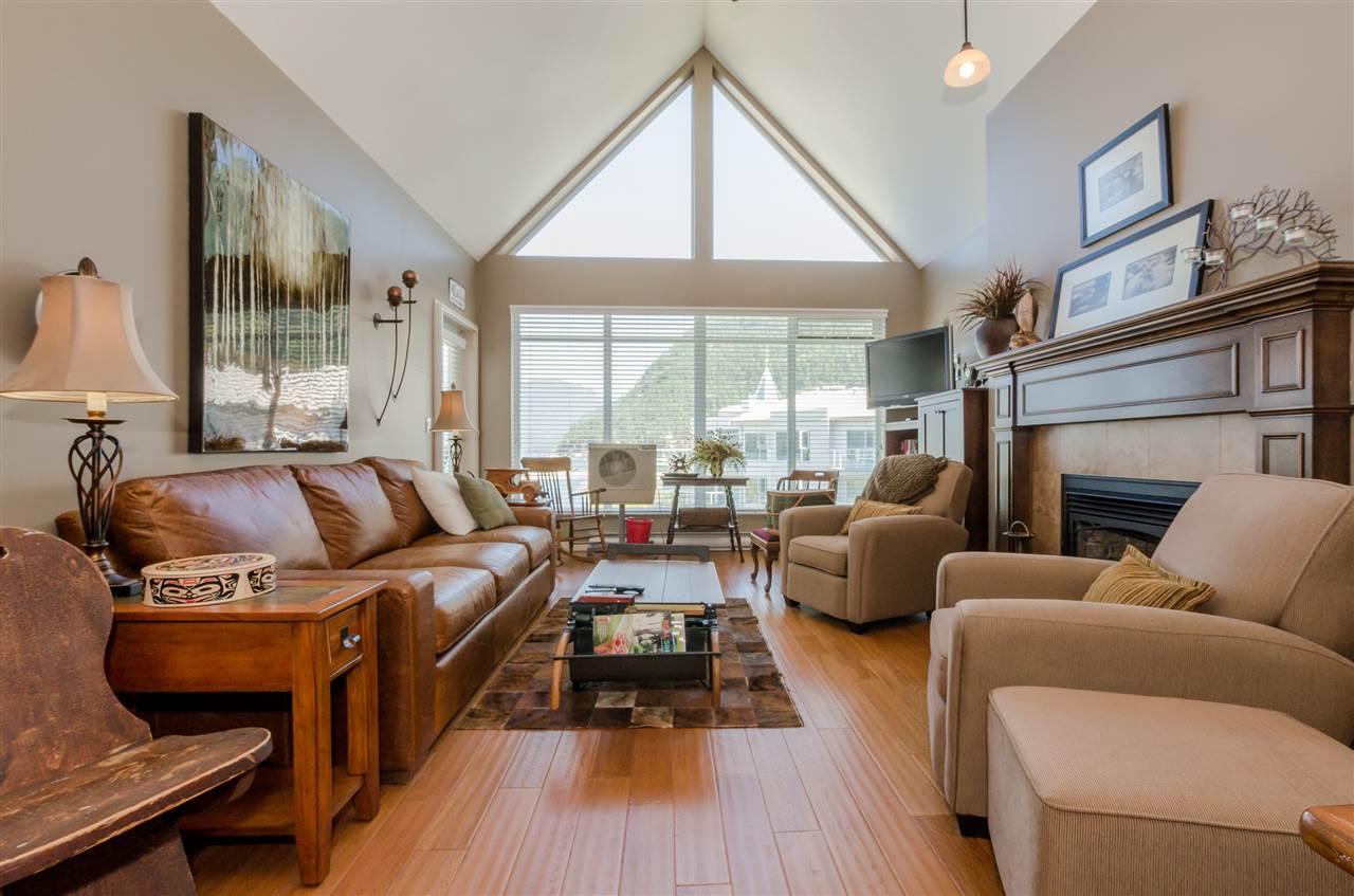 Condo Apartment at 406 328 ESPLANADE AVENUE, Unit 406, Harrison Hot Springs, British Columbia. Image 3