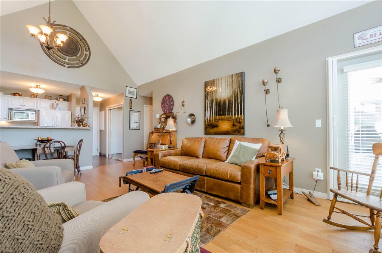 Condo Apartment at 406 328 ESPLANADE AVENUE, Unit 406, Harrison Hot Springs, British Columbia. Image 7