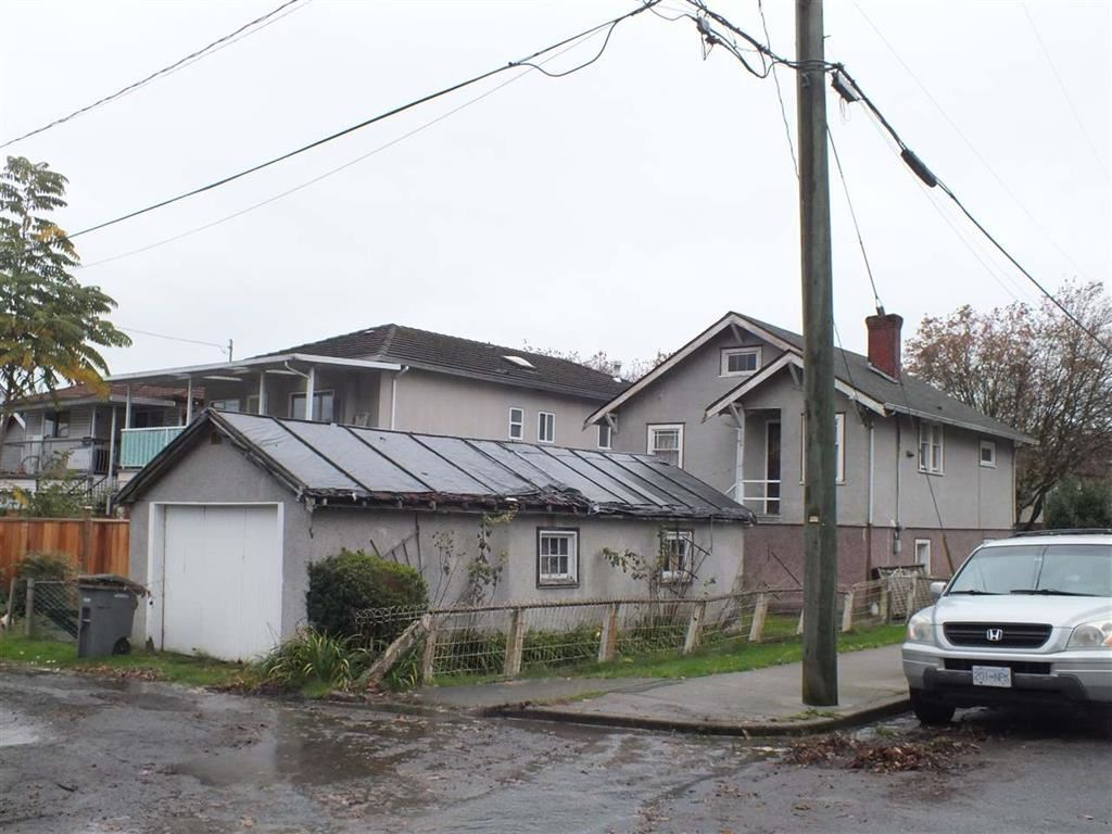Detached at 2311 ADANAC STREET, Vancouver East, British Columbia. Image 2