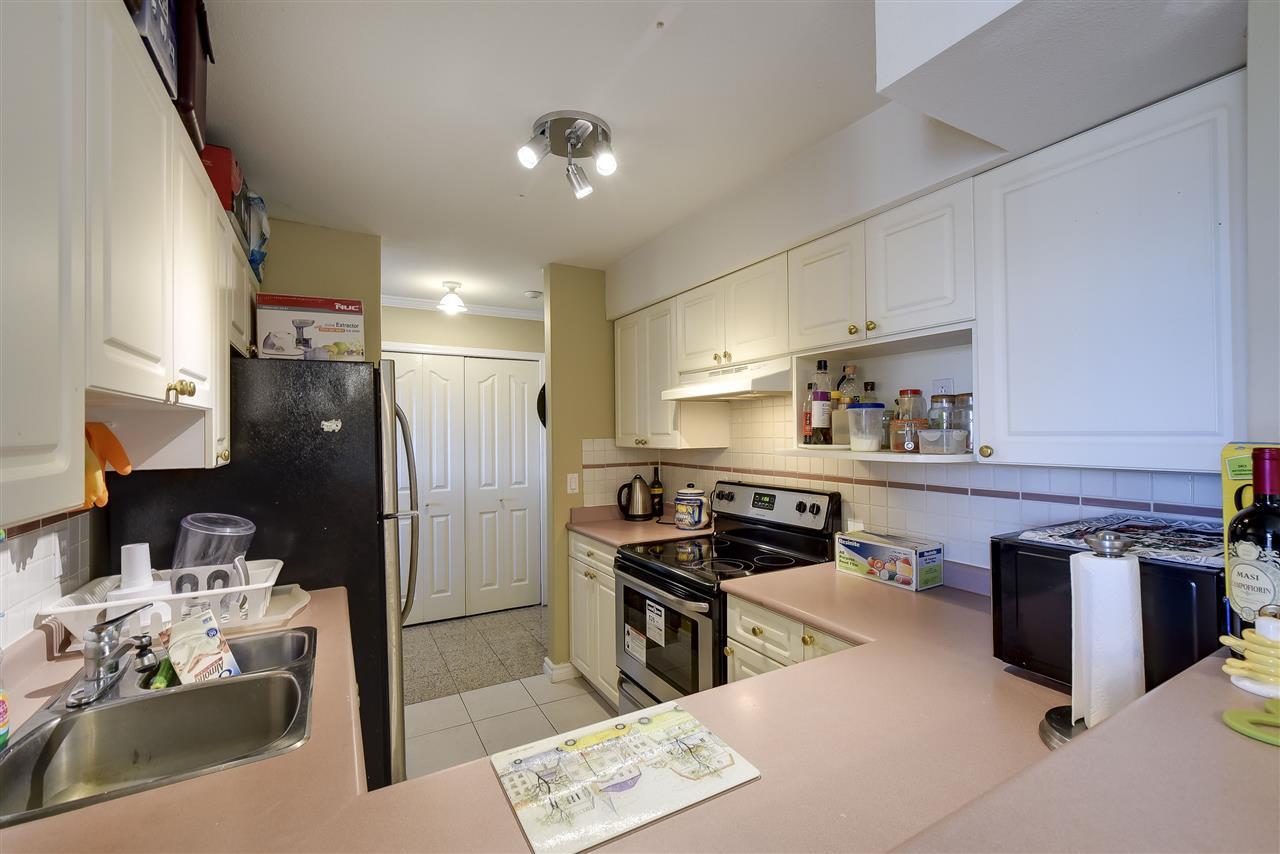 Condo Apartment at 304 1428 56 STREET, Unit 304, Tsawwassen, British Columbia. Image 8
