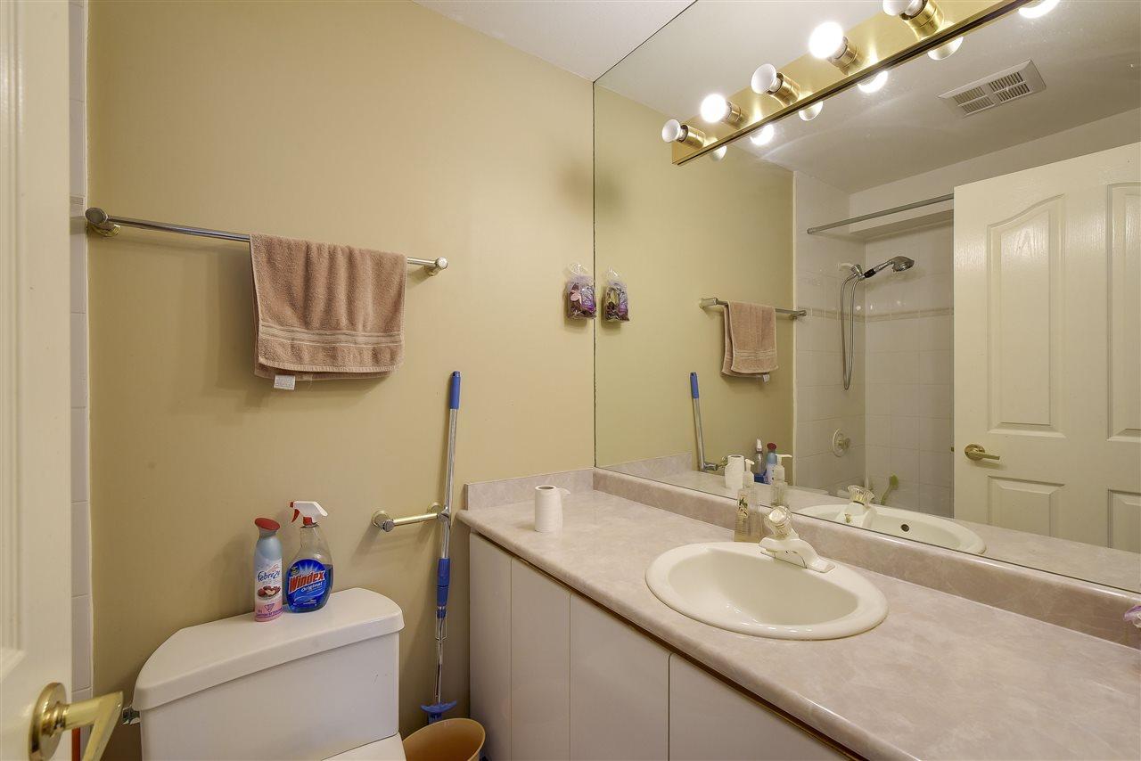 Condo Apartment at 304 1428 56 STREET, Unit 304, Tsawwassen, British Columbia. Image 12