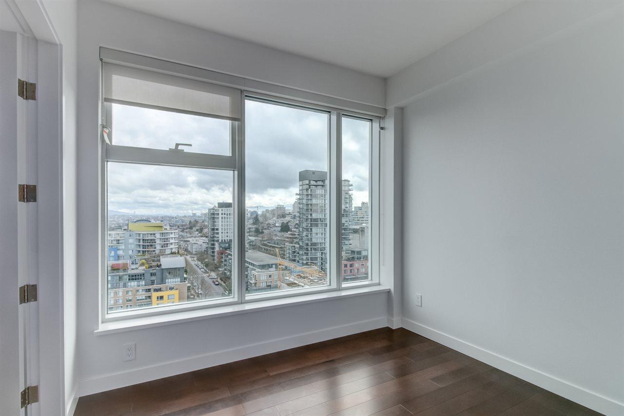 Condo Apartment at 1702 1565 W 6TH AVENUE, Unit 1702, Vancouver West, British Columbia. Image 10
