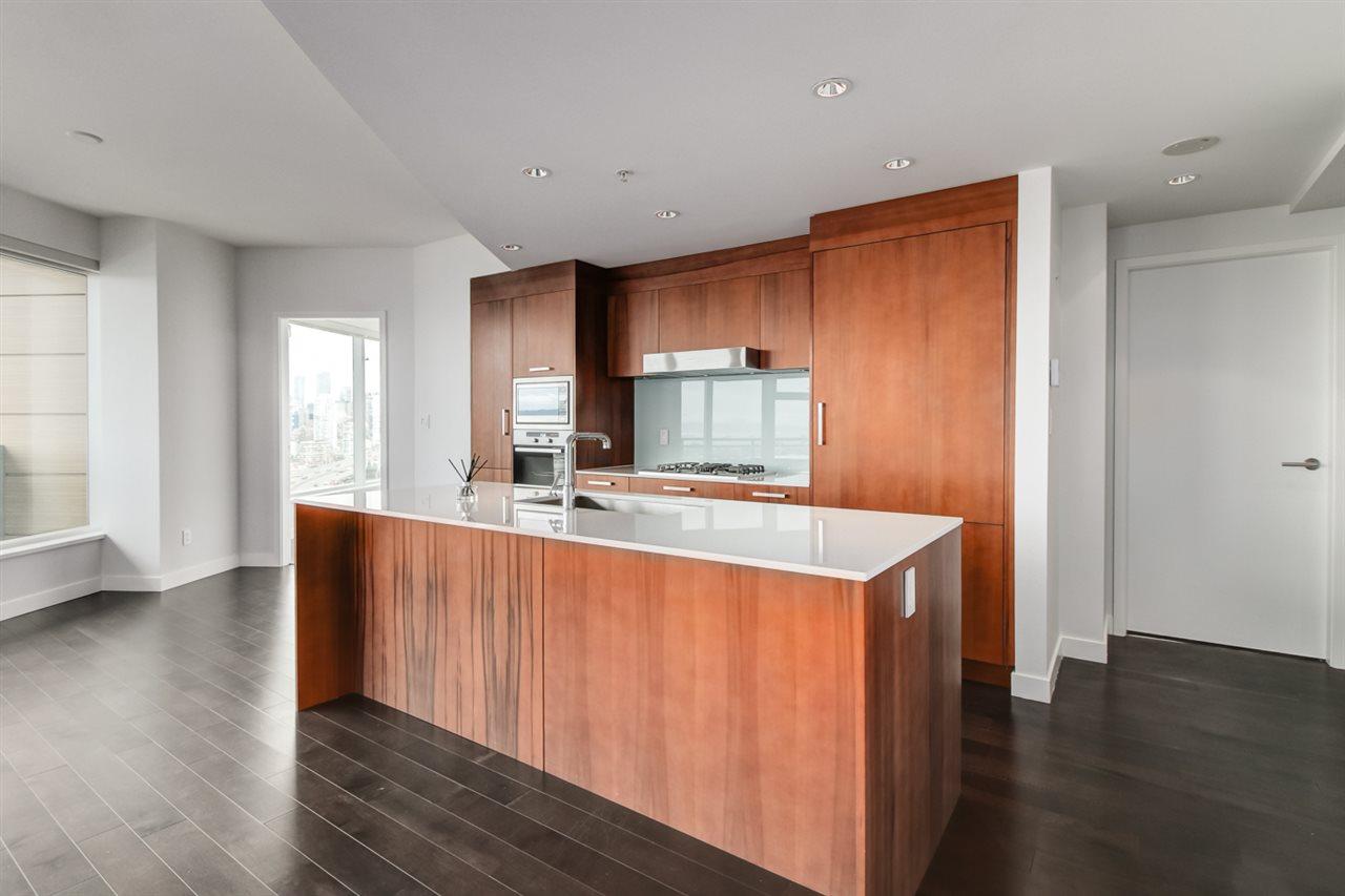 Condo Apartment at 1702 1565 W 6TH AVENUE, Unit 1702, Vancouver West, British Columbia. Image 13