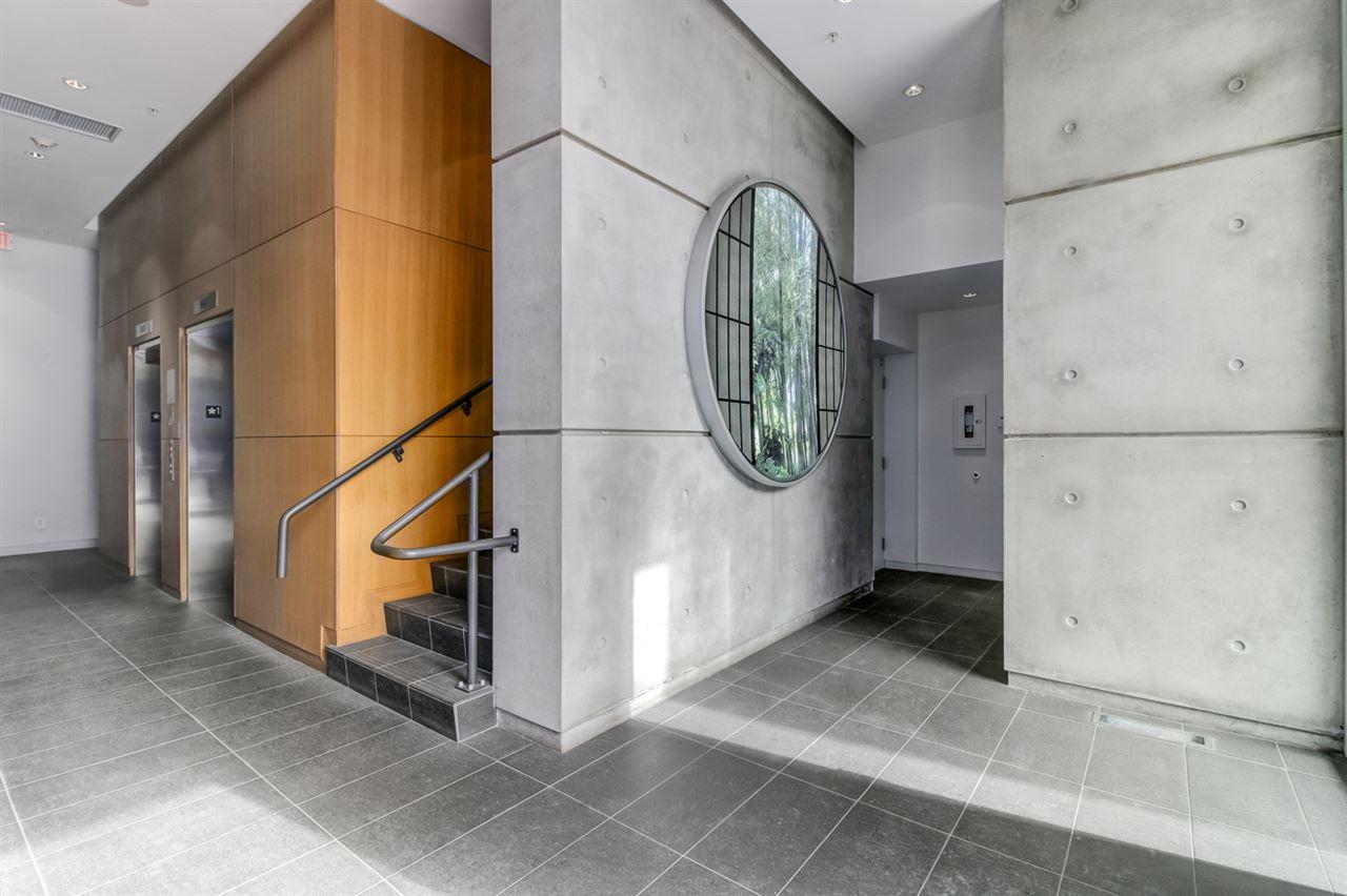 Condo Apartment at 1702 1565 W 6TH AVENUE, Unit 1702, Vancouver West, British Columbia. Image 16