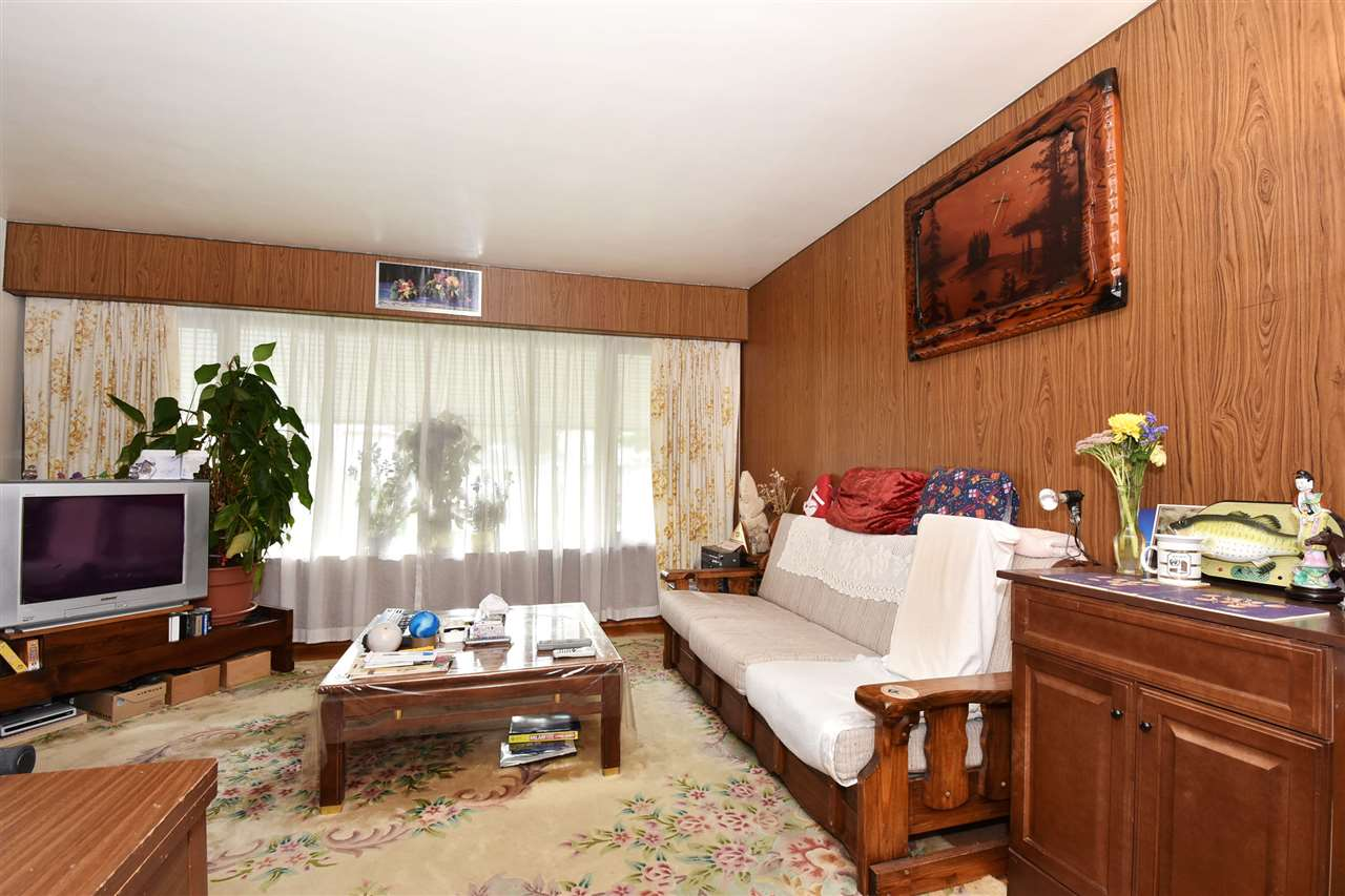 Detached at 4135 ATLIN STREET, Vancouver East, British Columbia. Image 2