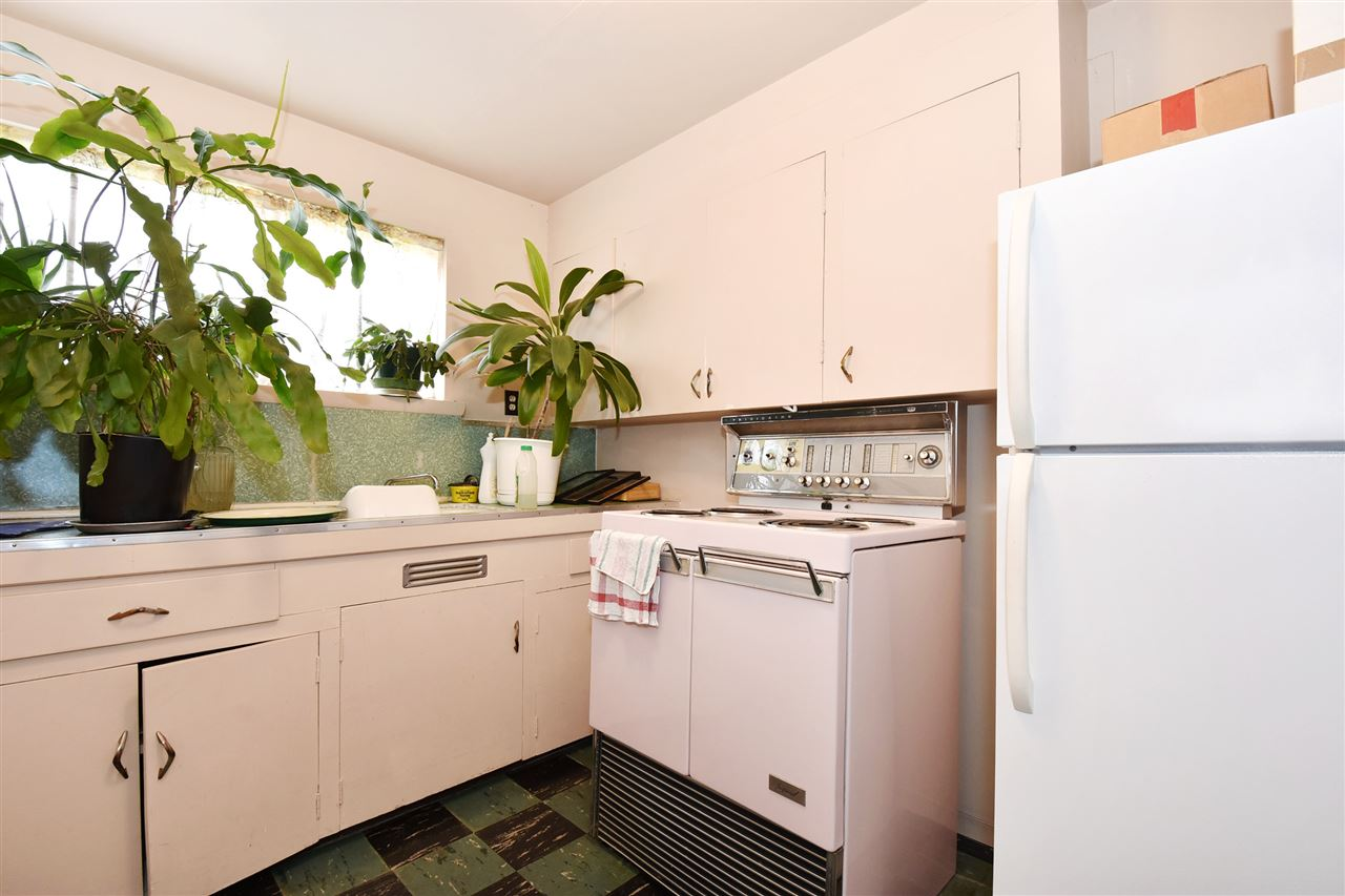 Detached at 4135 ATLIN STREET, Vancouver East, British Columbia. Image 7