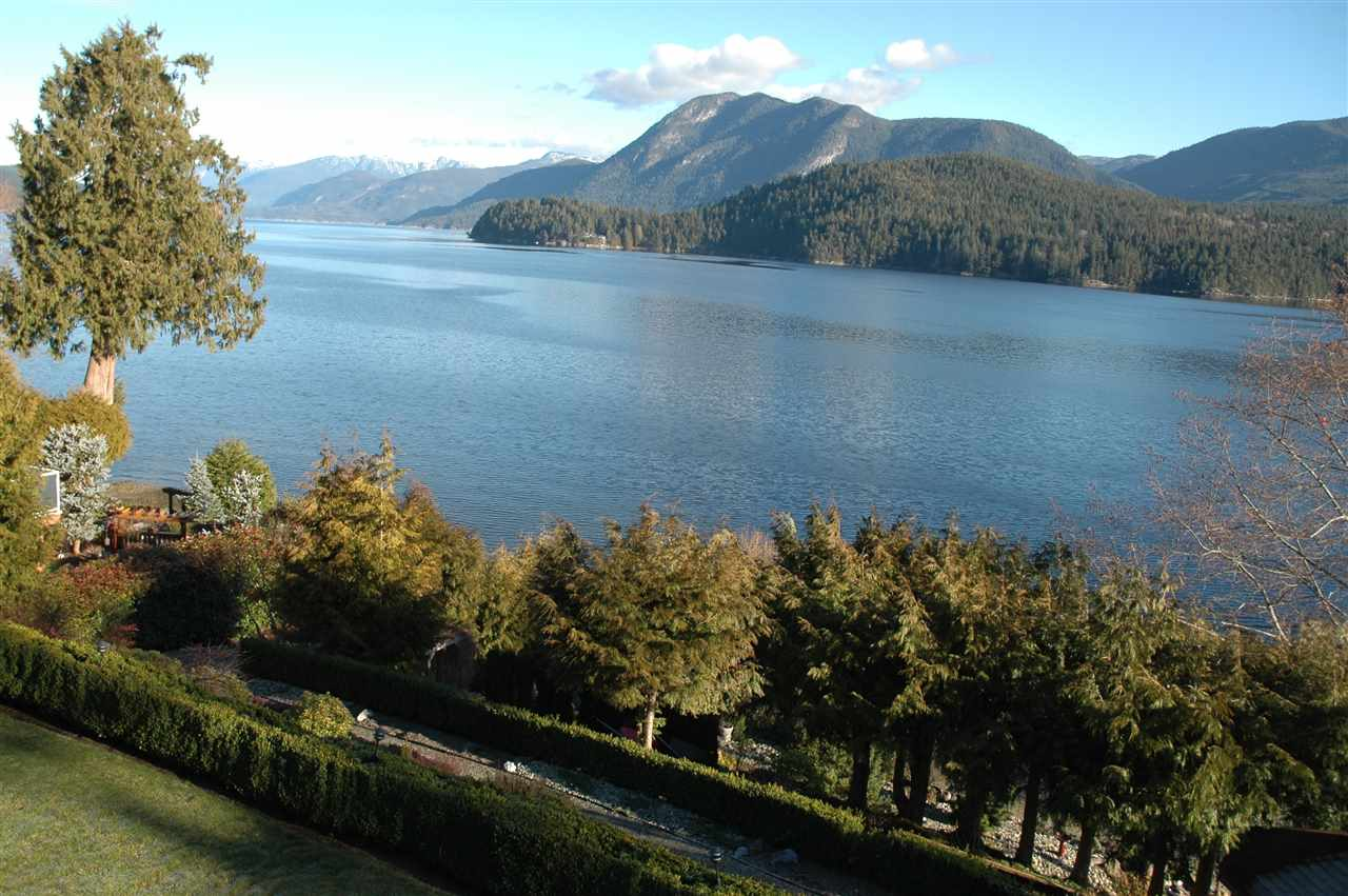 Detached at 6394 N GALE AVENUE, Sunshine Coast, British Columbia. Image 2