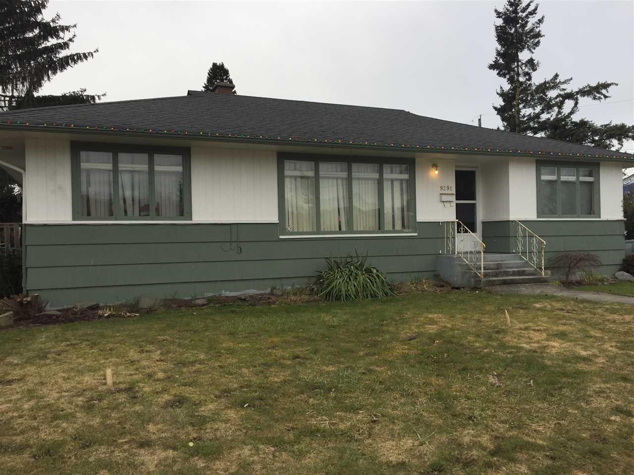 Detached at 9291 BROADWAY STREET, Chilliwack, British Columbia. Image 1