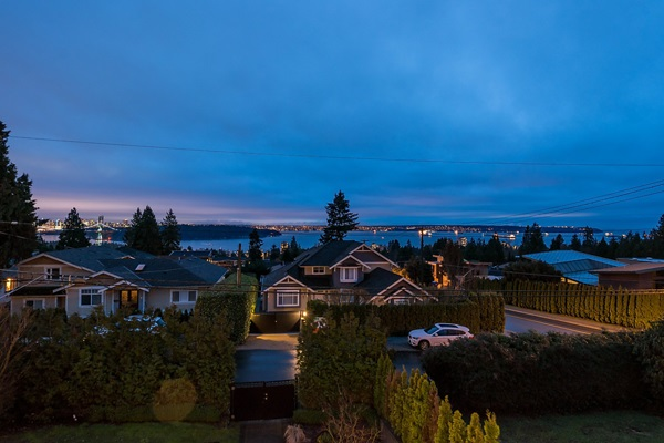 Detached at 1485 OTTAWA AVENUE, West Vancouver, British Columbia. Image 20
