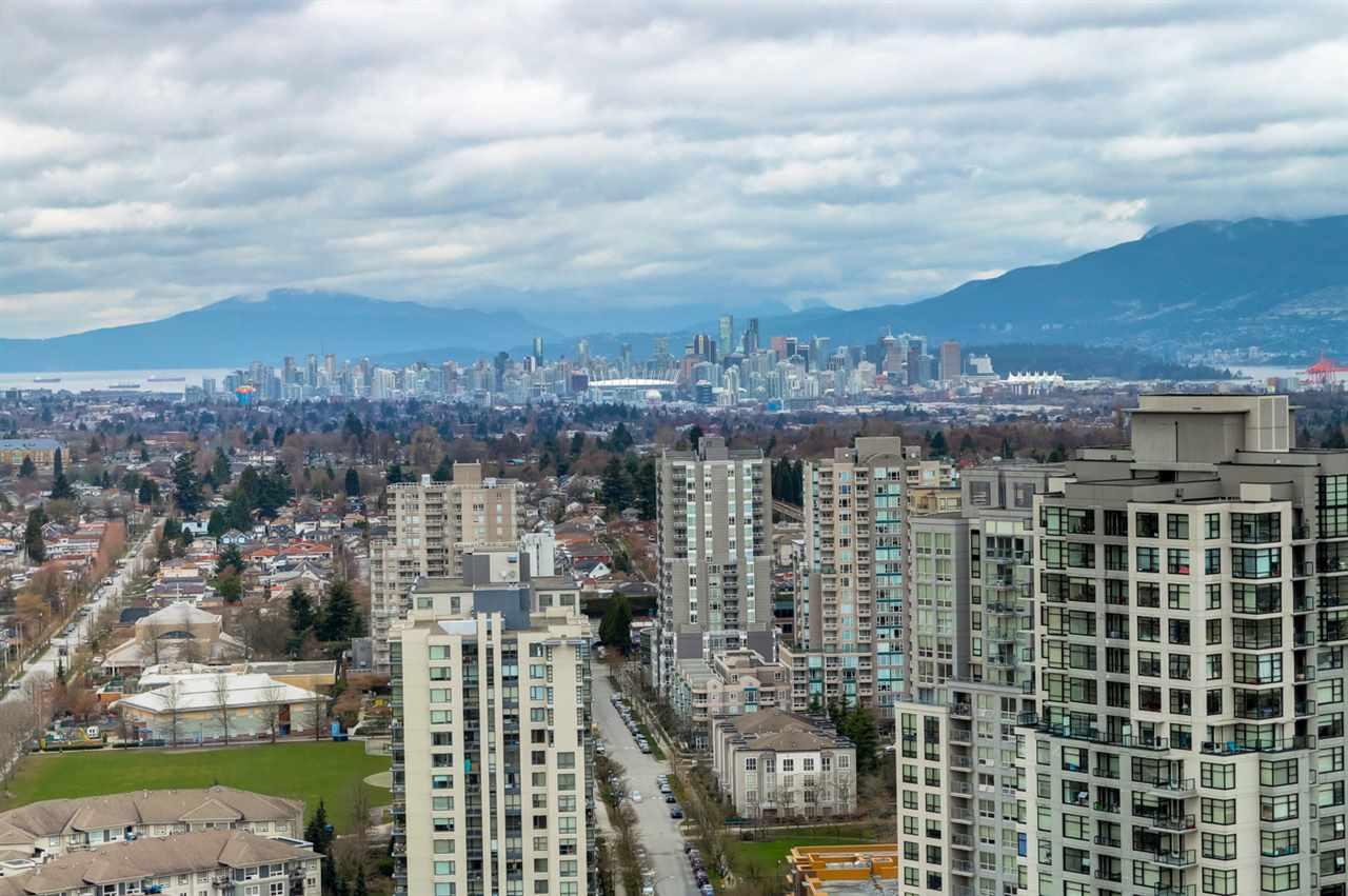 Condo Apartment at 3102 5665 BOUNDARY ROAD, Unit 3102, Vancouver East, British Columbia. Image 5