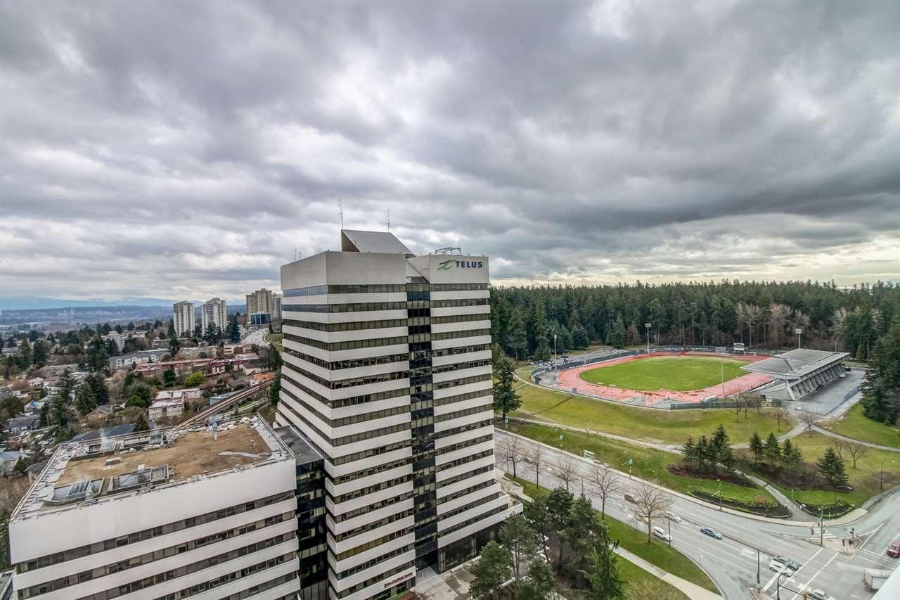 Condo Apartment at 3102 5665 BOUNDARY ROAD, Unit 3102, Vancouver East, British Columbia. Image 6