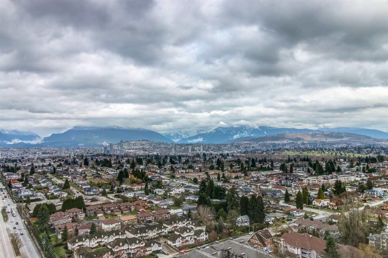 Condo Apartment at 3102 5665 BOUNDARY ROAD, Unit 3102, Vancouver East, British Columbia. Image 8