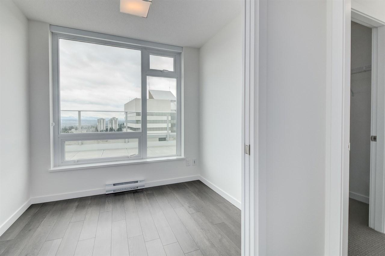 Condo Apartment at 3102 5665 BOUNDARY ROAD, Unit 3102, Vancouver East, British Columbia. Image 11