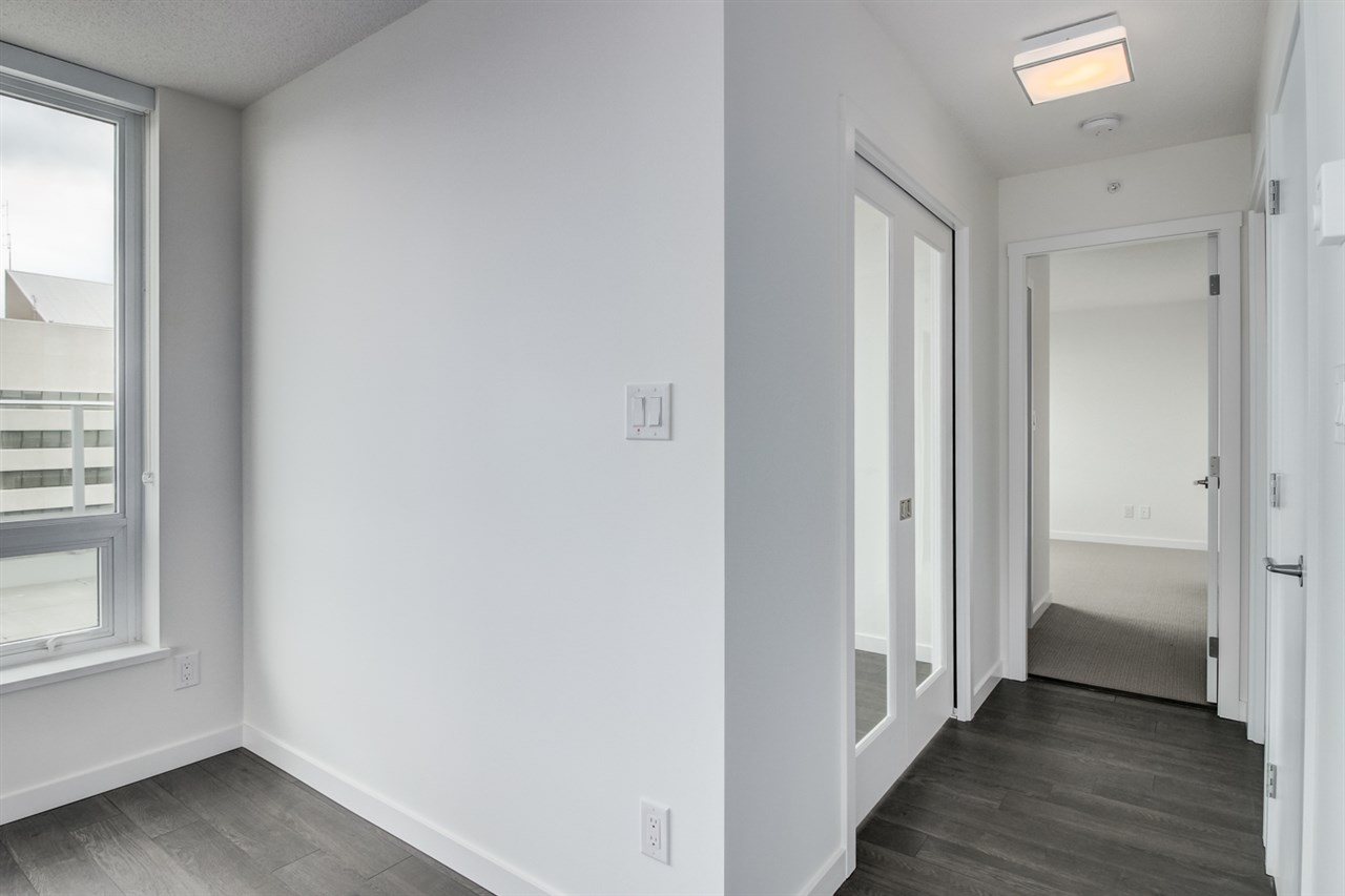 Condo Apartment at 3102 5665 BOUNDARY ROAD, Unit 3102, Vancouver East, British Columbia. Image 13
