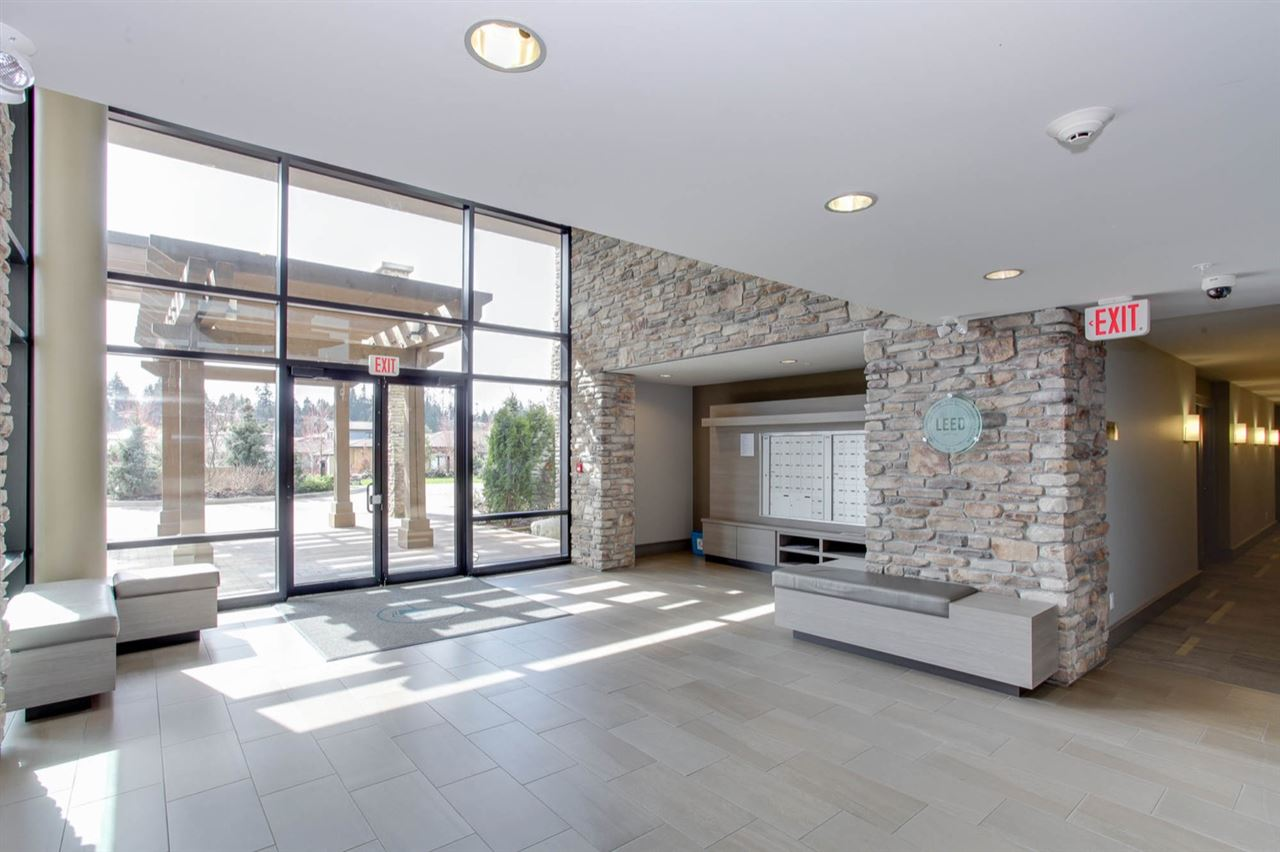 Condo Apartment at 512 5055 SPRINGS BOULEVARD, Unit 512, Tsawwassen, British Columbia. Image 3