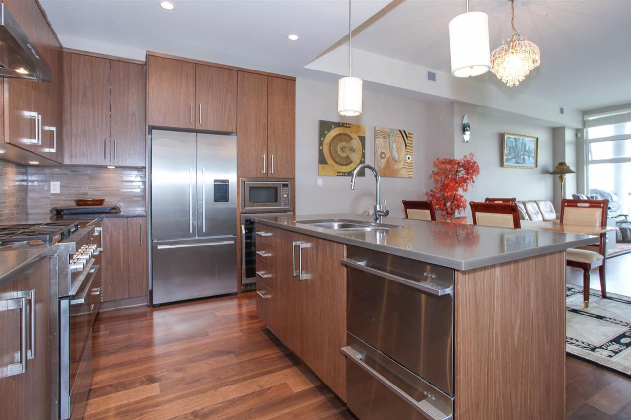 Condo Apartment at 512 5055 SPRINGS BOULEVARD, Unit 512, Tsawwassen, British Columbia. Image 4