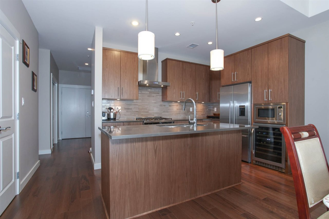 Condo Apartment at 512 5055 SPRINGS BOULEVARD, Unit 512, Tsawwassen, British Columbia. Image 6