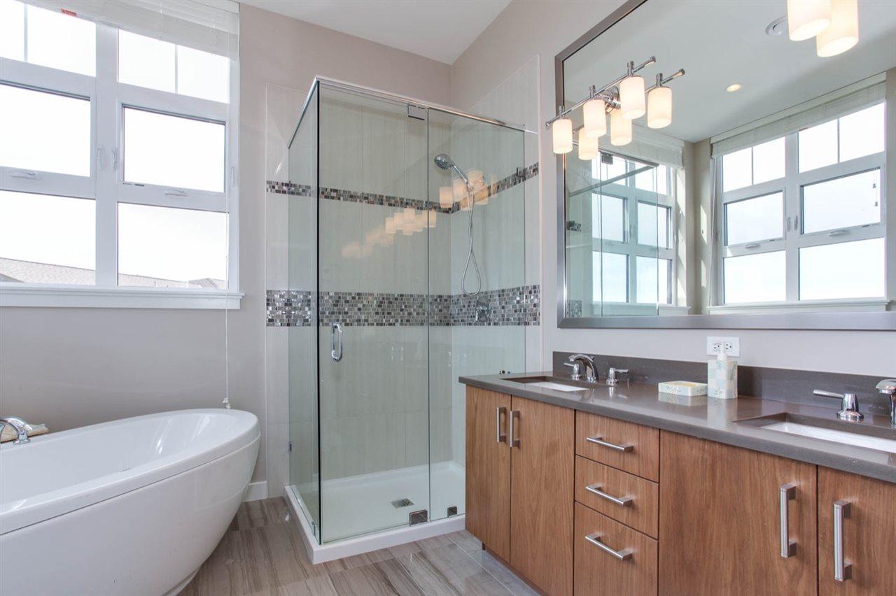 Condo Apartment at 512 5055 SPRINGS BOULEVARD, Unit 512, Tsawwassen, British Columbia. Image 14