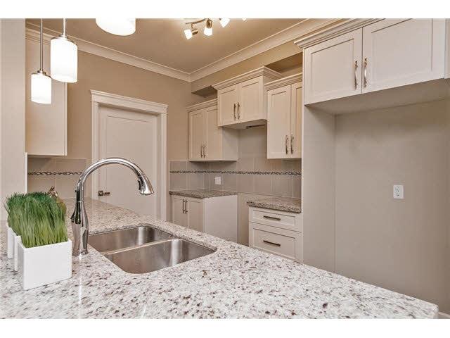 Condo Apartment at 409 45750-3 KEITH WILSON ROAD, Unit 409, Sardis, British Columbia. Image 7