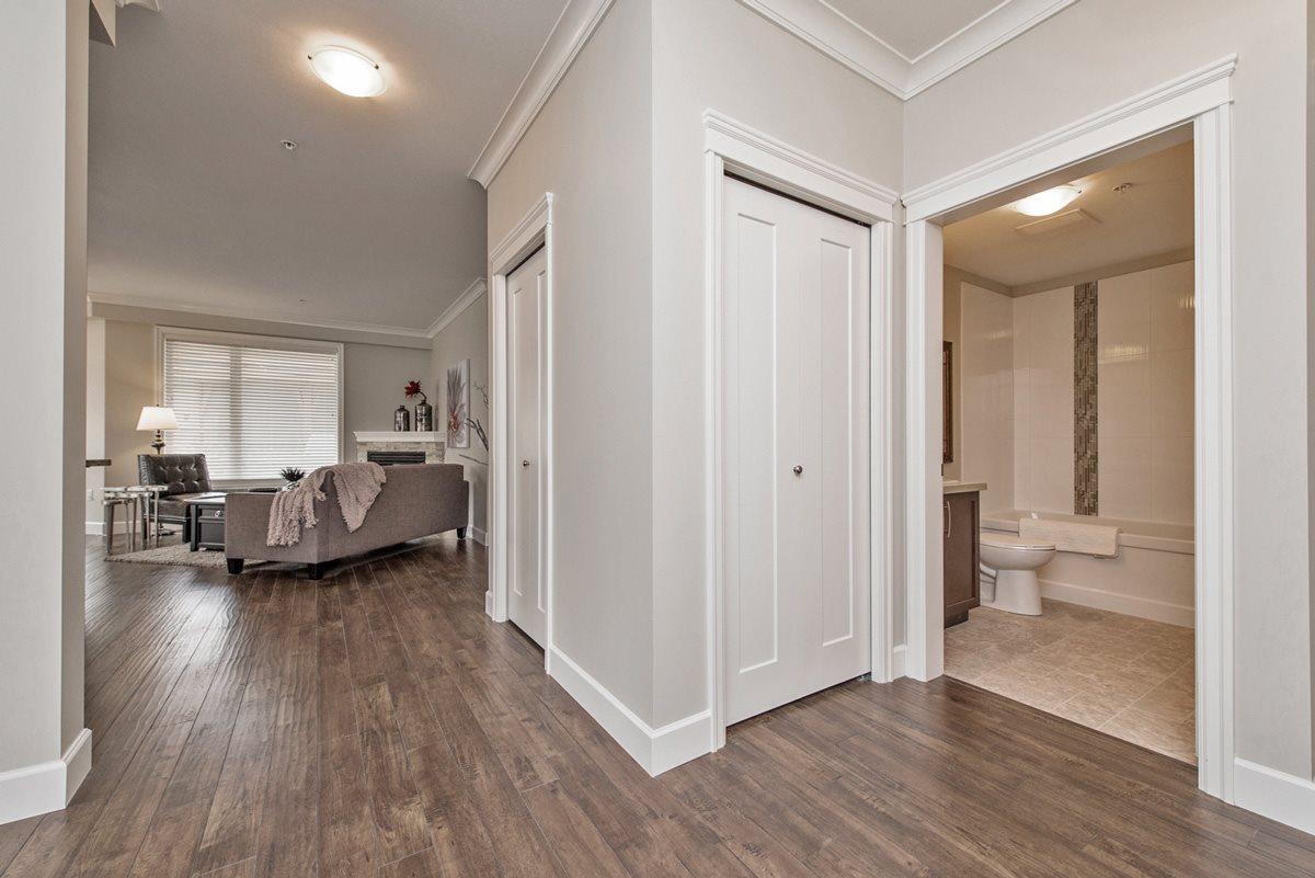 Condo Apartment at 110 45750-3 KEITH WILSON ROAD, Unit 110, Sardis, British Columbia. Image 5