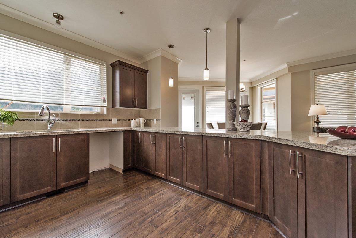 Condo Apartment at 110 45750-3 KEITH WILSON ROAD, Unit 110, Sardis, British Columbia. Image 10