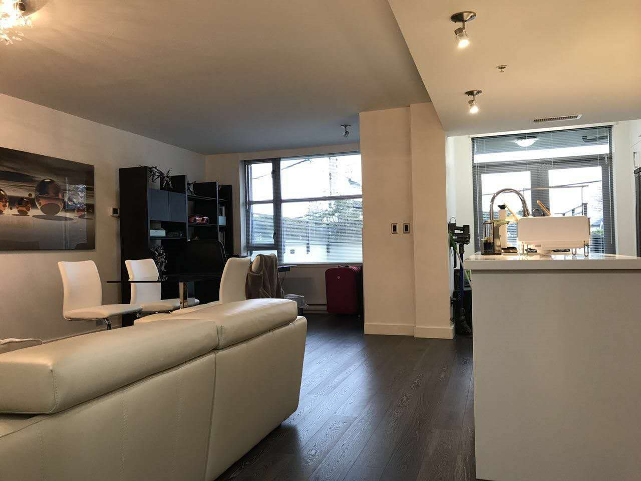 Townhouse at 105 3595 W 18TH AVENUE, Unit 105, Vancouver West, British Columbia. Image 2
