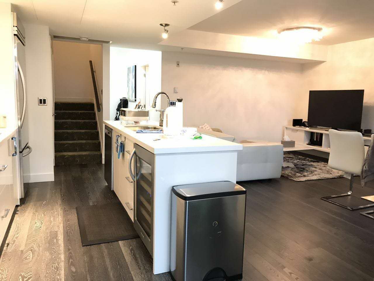 Townhouse at 105 3595 W 18TH AVENUE, Unit 105, Vancouver West, British Columbia. Image 3